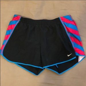 Medium Nike basic black shorts w/ blue&pink stripe